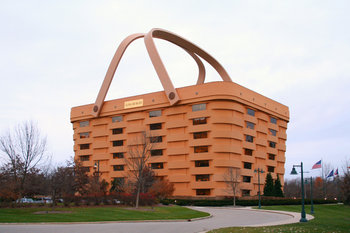 Longaberger headquarters in Newark, Ohio, is a giant Longaberger Medium Market Basket.
